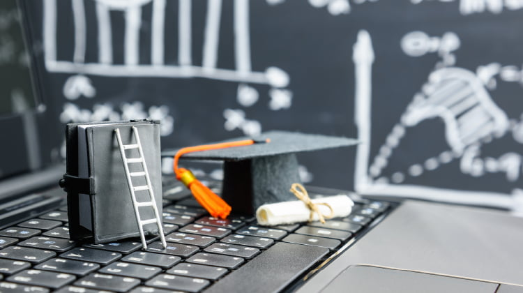Do I Need a Marketing Degree to Become a Social Media Manager?