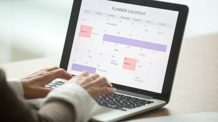9 Easy Ways to Share a Content Calendar with your Clients